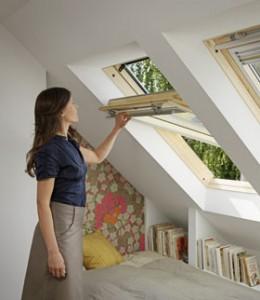 GHL - високоякісні мансардні вікна з сосни Velux.