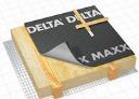 DELTA-MAXX Запобігає втраті енергії. Захищає теплоізоляцію від дощу, задування снігу та утворенню конденсату. Це єдина плівка яка одночасно володіє дифузійними і антиконденсатними властивостями. Запобігає зволоженню конденсатом утеплювача і стропильної конструкції в моменти екстремального утворення конденсаційної вологи завдяки здатності утримувати таку вологу і потім видаляти її за рахунок дифузії. Як правило, це відбувається при проведенні в зимовий період внутрішніх штукатурних робіт і заливці підлоги.