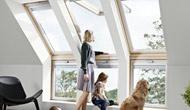 Переваги комбінація похилих і вертикальних елементів VELUX - безмежний краєвид з Вашої кімнати.