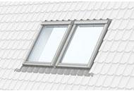 Горизонтальна комбінація двох мансардних вікон Velux.