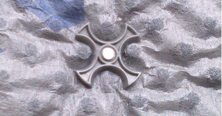 DELTA®-MULTI-FIXX - універсальна кріпильна деталь для будь-яких дренажних і профільованих мембран DELTA®