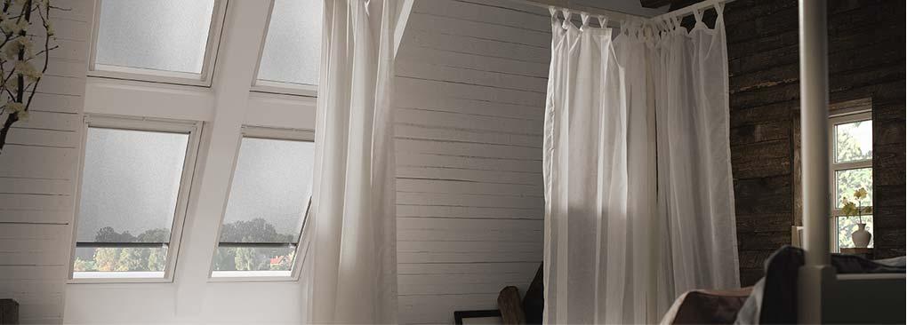 Маркізет VELUX - це прохолода у Вашій кімнаті